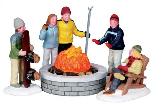 Lemax Fire Pit - Set of 5